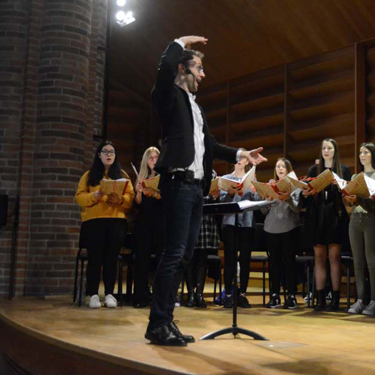 Aerco Academy cantare dirigere comporre management formazione